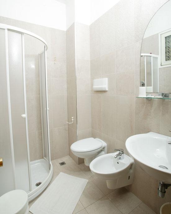 Hotel camere climatizzate vista mare cesenatico - Bagno mare cesenatico ...